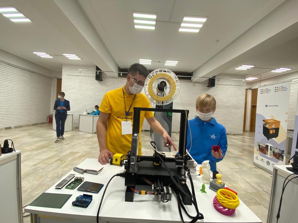 Молодежный болгаро-российский технический фестиваль «От Винта!» с успехом прошел в Софии
